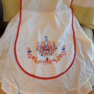 🌞 Pretty Embroidered Apron & Hot Pad, New!